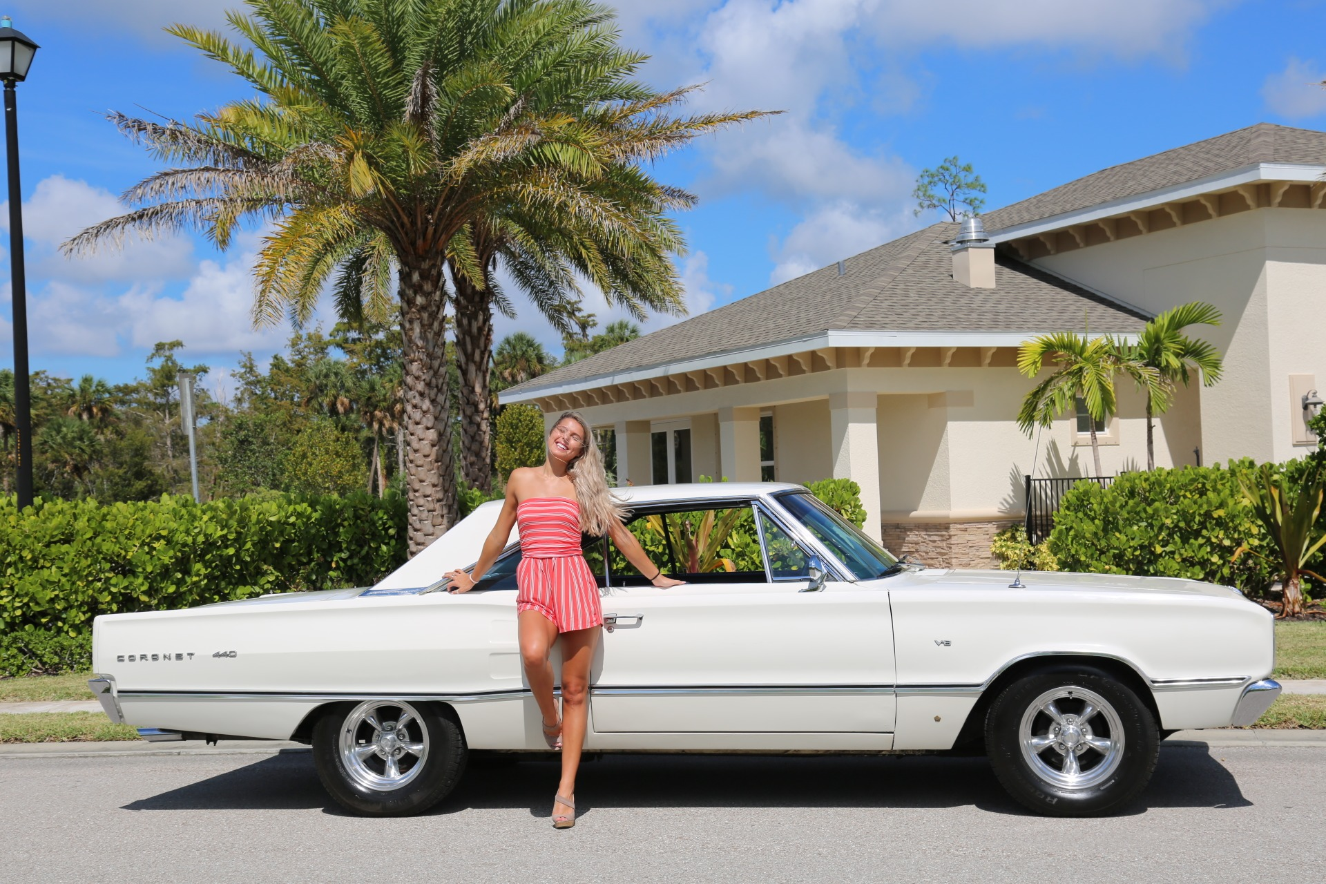 Used 1967 Dodge  Coronet for sale $22,500 at Muscle Cars for Sale Inc. in Fort Myers FL 33912 4