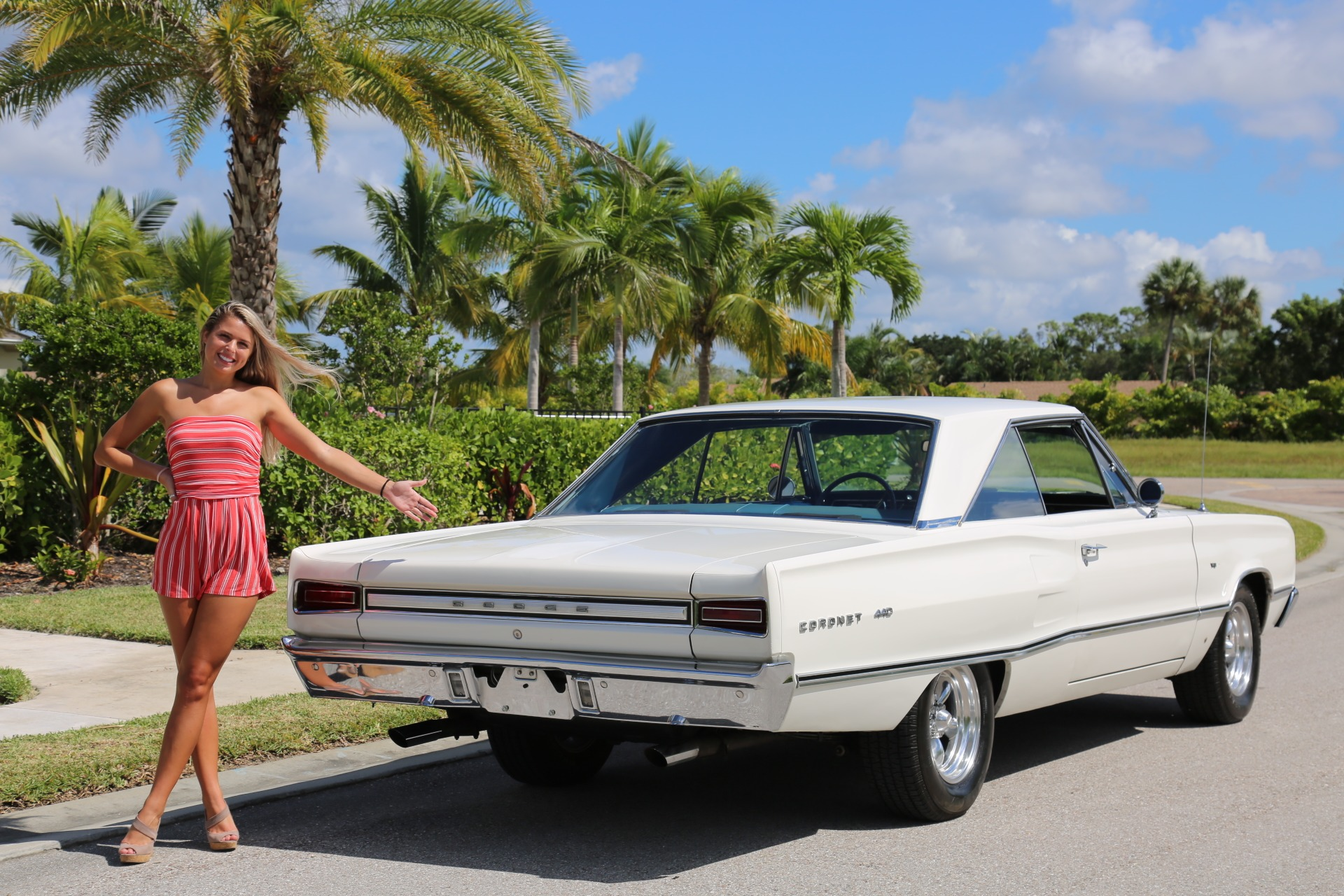 Used 1967 Dodge Coronet 440 for sale Sold at Muscle Cars for Sale Inc. in Fort Myers FL 33912 5