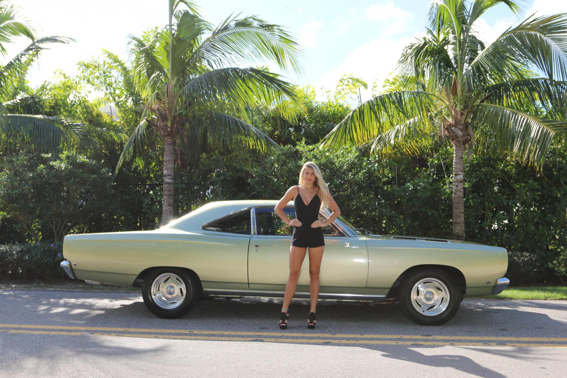 Used 1968 Plymouth  Road Runner for sale Sold at Muscle Cars for Sale Inc. in Fort Myers FL 33912 6