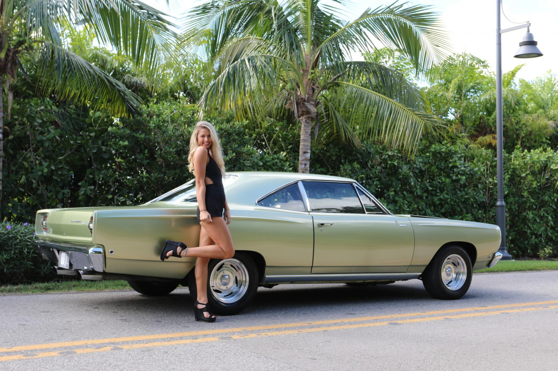 Used 1968 Plymouth  Road Runner for sale Sold at Muscle Cars for Sale Inc. in Fort Myers FL 33912 8