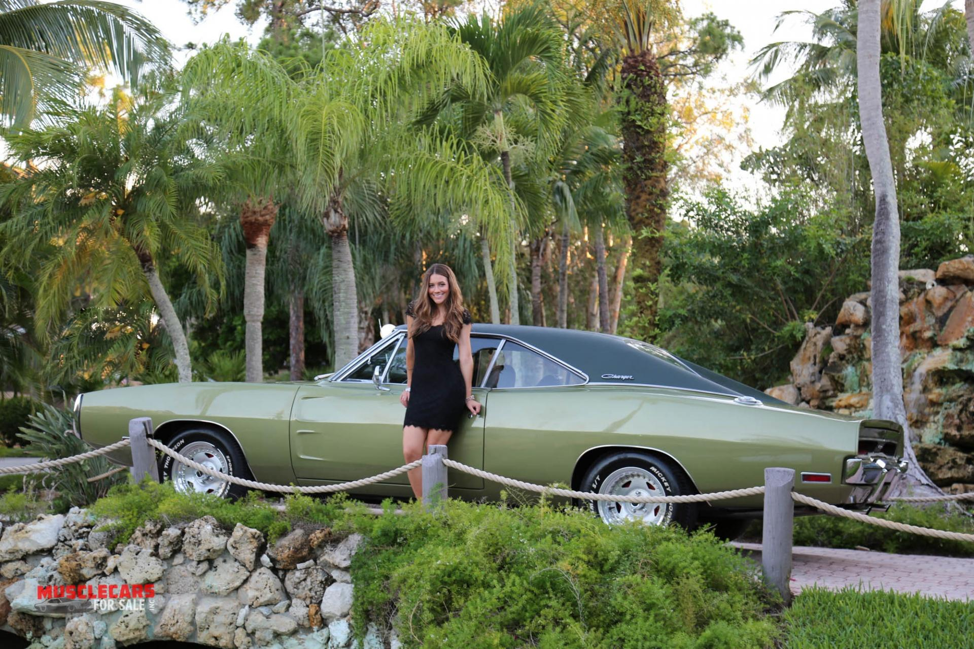 Used 1970 Dodge  Charger for sale Sold at Muscle Cars for Sale Inc. in Fort Myers FL 33912 3