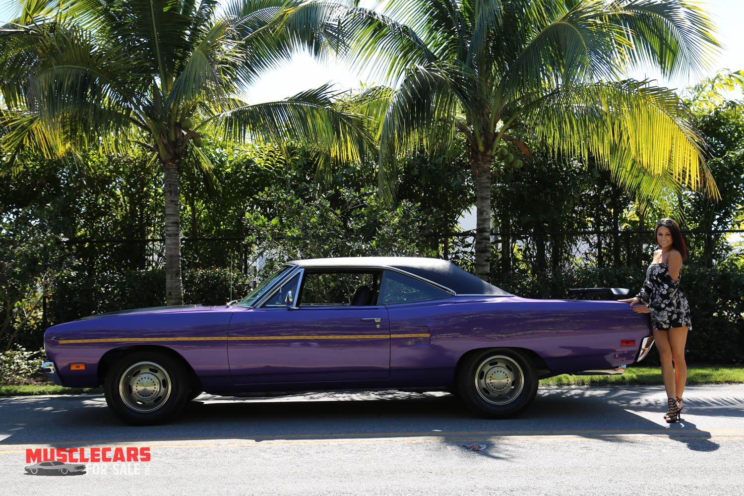 Used 1970 Plymouth  Road Runner for sale Sold at Muscle Cars for Sale Inc. in Fort Myers FL 33912 8