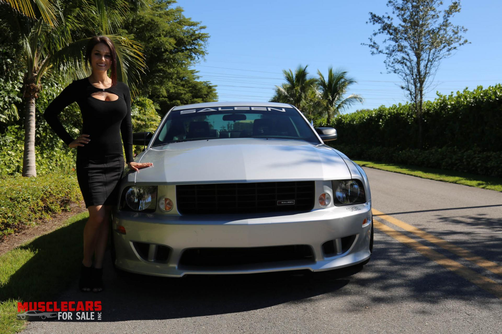 Used 2005 Ford  Mustang for sale Sold at Muscle Cars for Sale Inc. in Fort Myers FL 33912 4