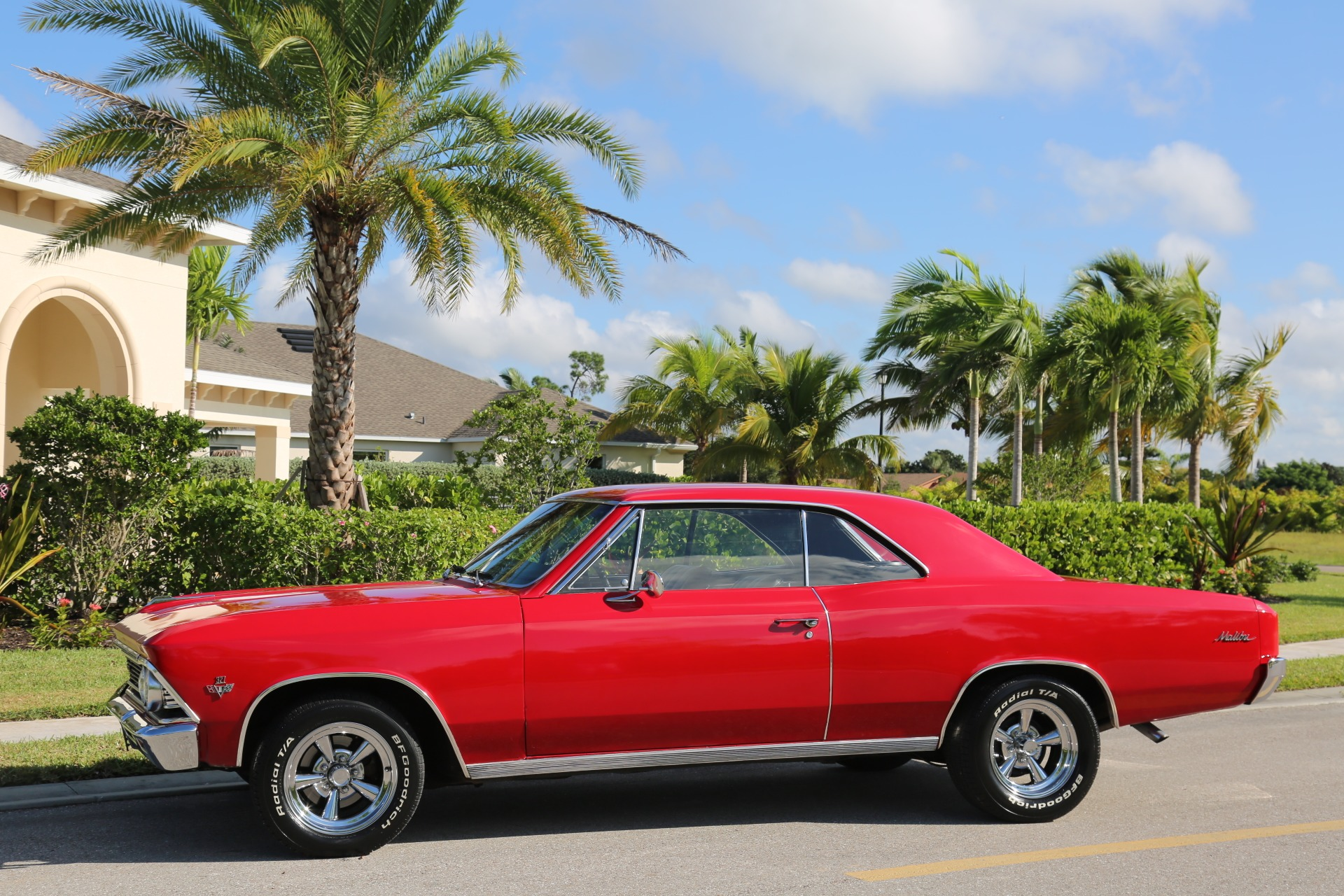Used 1966 Chevrolet Chevelle Malibu 327 for sale Sold at Muscle Cars for Sale Inc. in Fort Myers FL 33912 4