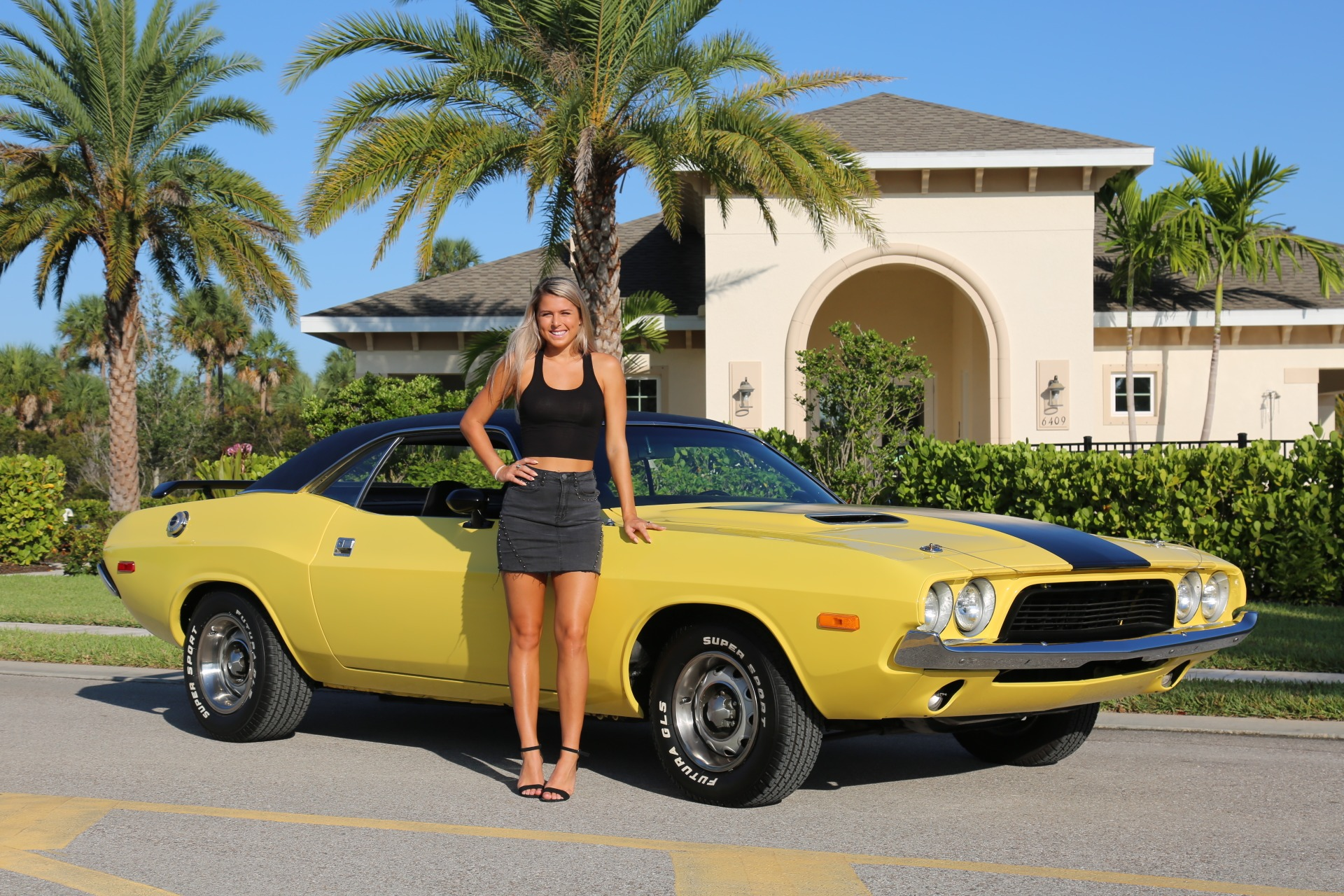 Used 1973 Dodge Challenger 440 V8 for sale Sold at Muscle Cars for Sale Inc. in Fort Myers FL 33912 4