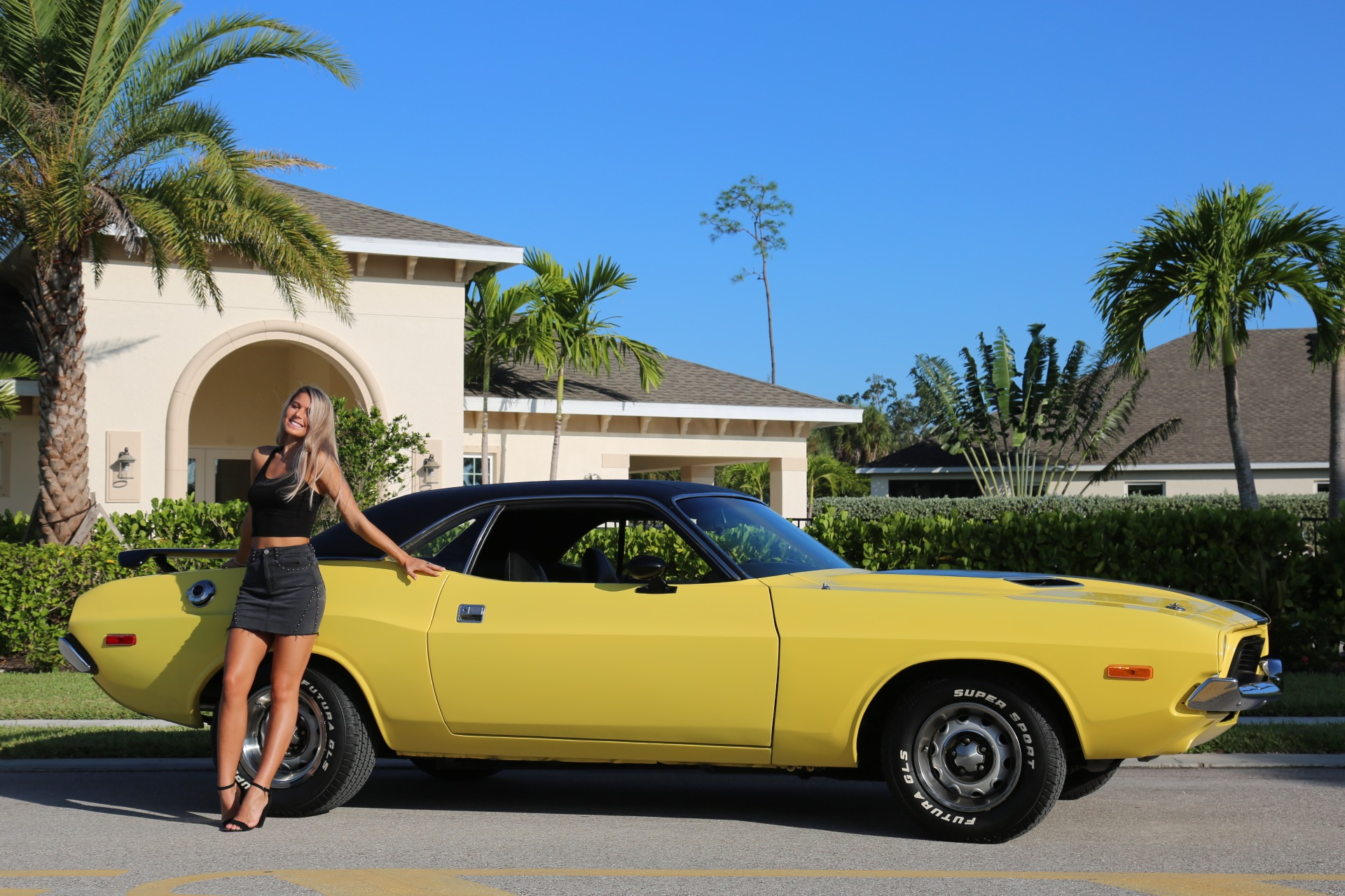 Used 1973 Dodge Challenger 440 V8 for sale Sold at Muscle Cars for Sale Inc. in Fort Myers FL 33912 8