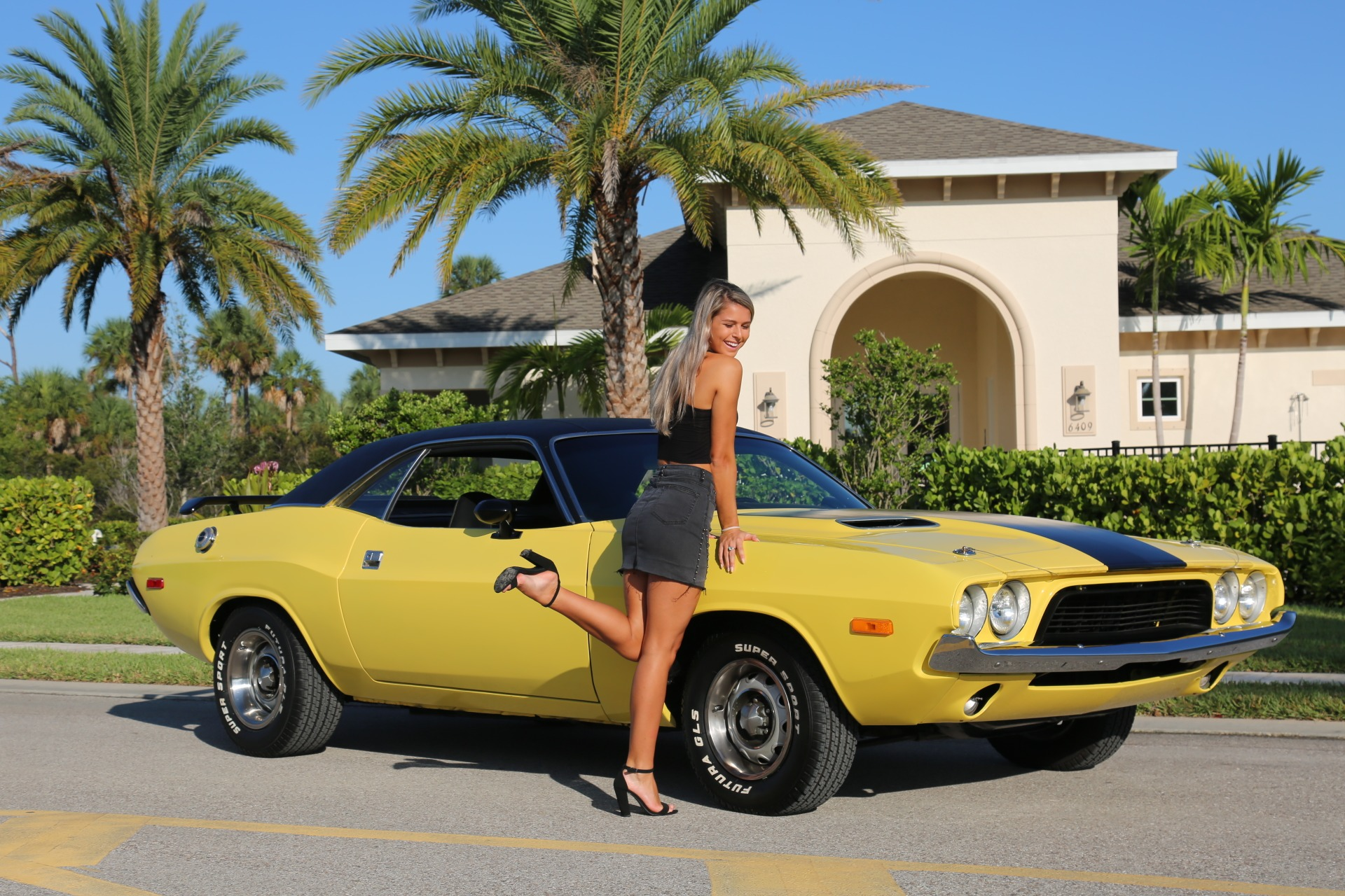 Used 1973 Dodge Challenger 440 V8 for sale $28,000 at Muscle Cars for Sale Inc. in Fort Myers FL 33912 1