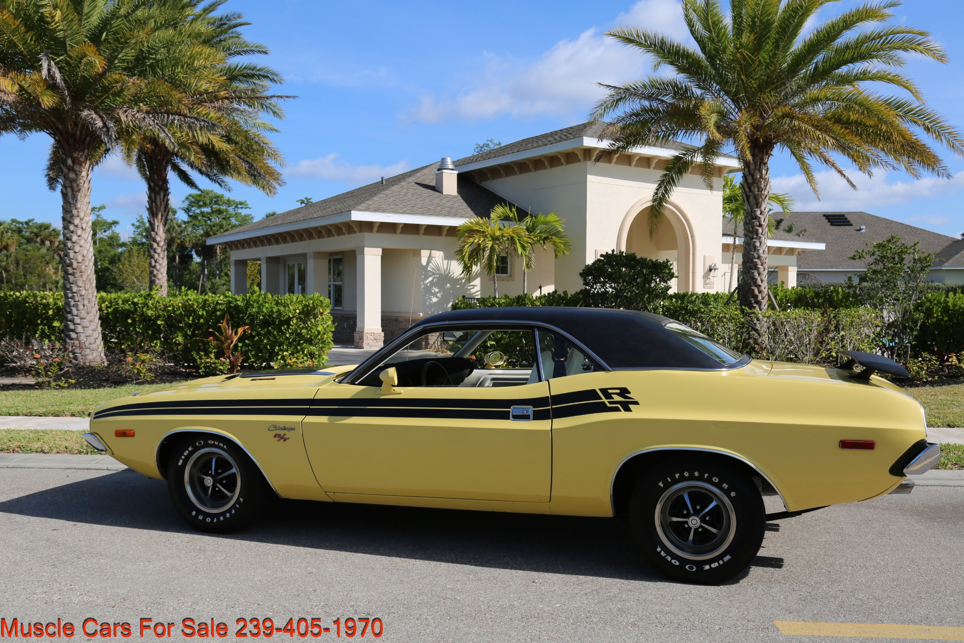 Used 1974 Dodge Challenger R/T for sale $28,900 at Muscle Cars for Sale Inc. in Fort Myers FL 33912 5