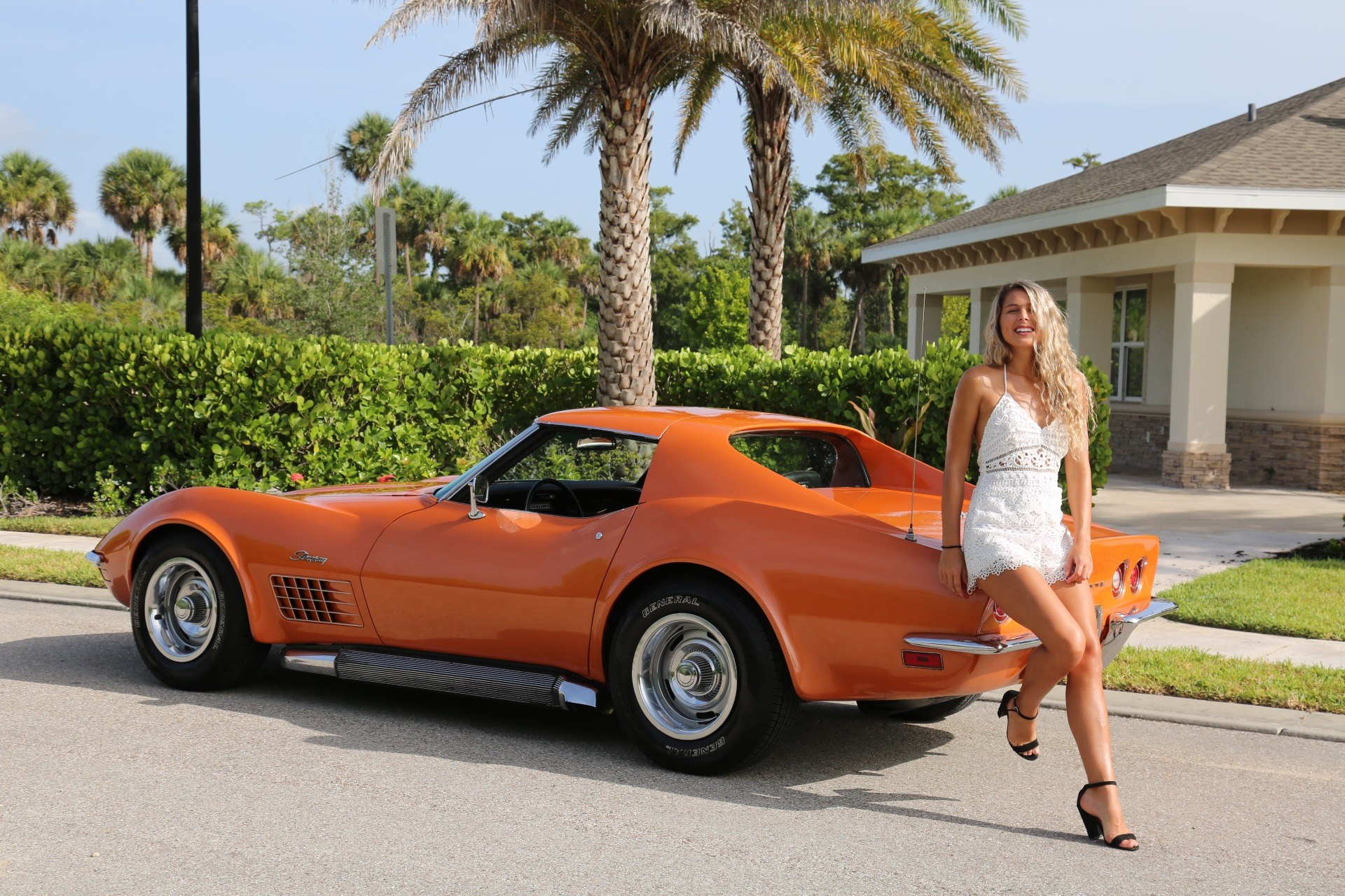Used 1971 Chevy Corvette Removable rear Glass and T Top 4 speed for sale Sold at Muscle Cars for Sale Inc. in Fort Myers FL 33912 5