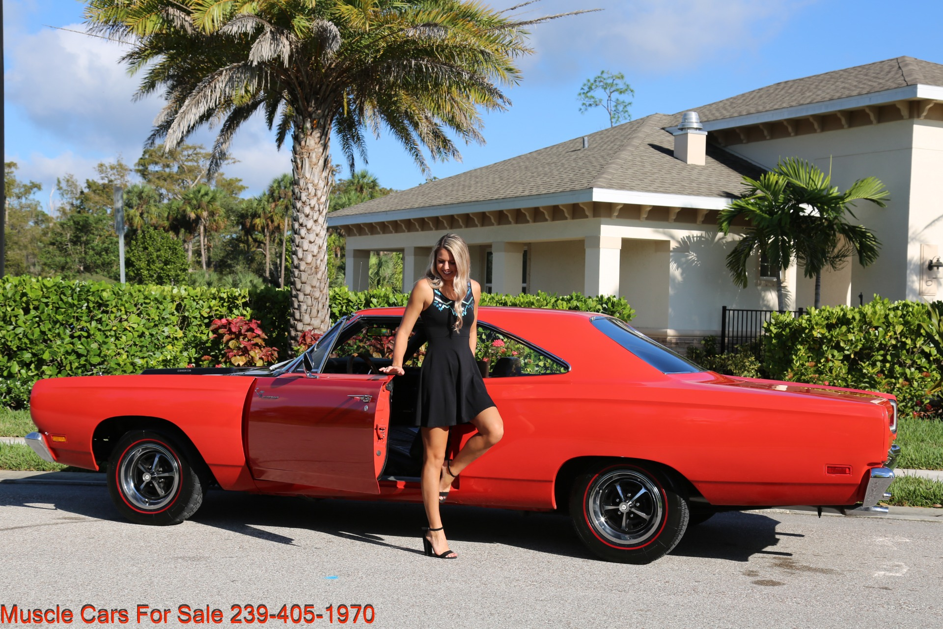 Used 1969 Plymouth Roadrunner Road Runner for sale Sold at Muscle Cars for Sale Inc. in Fort Myers FL 33912 4