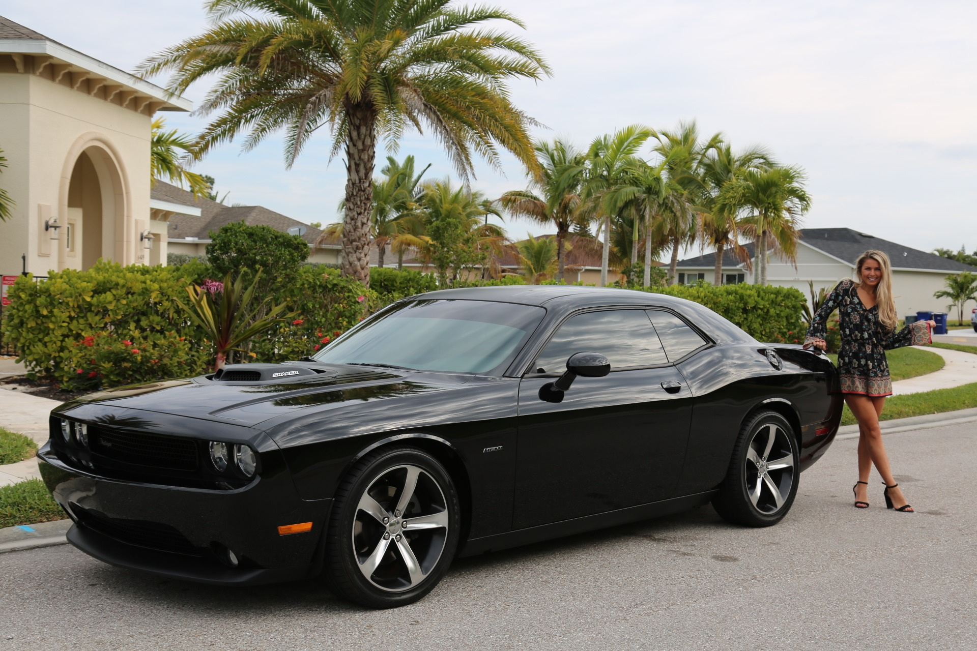 Used 2014 Dodge Challenger R/T Shaker Package for sale $25,800 at Muscle Cars for Sale Inc. in Fort Myers FL 33912 4