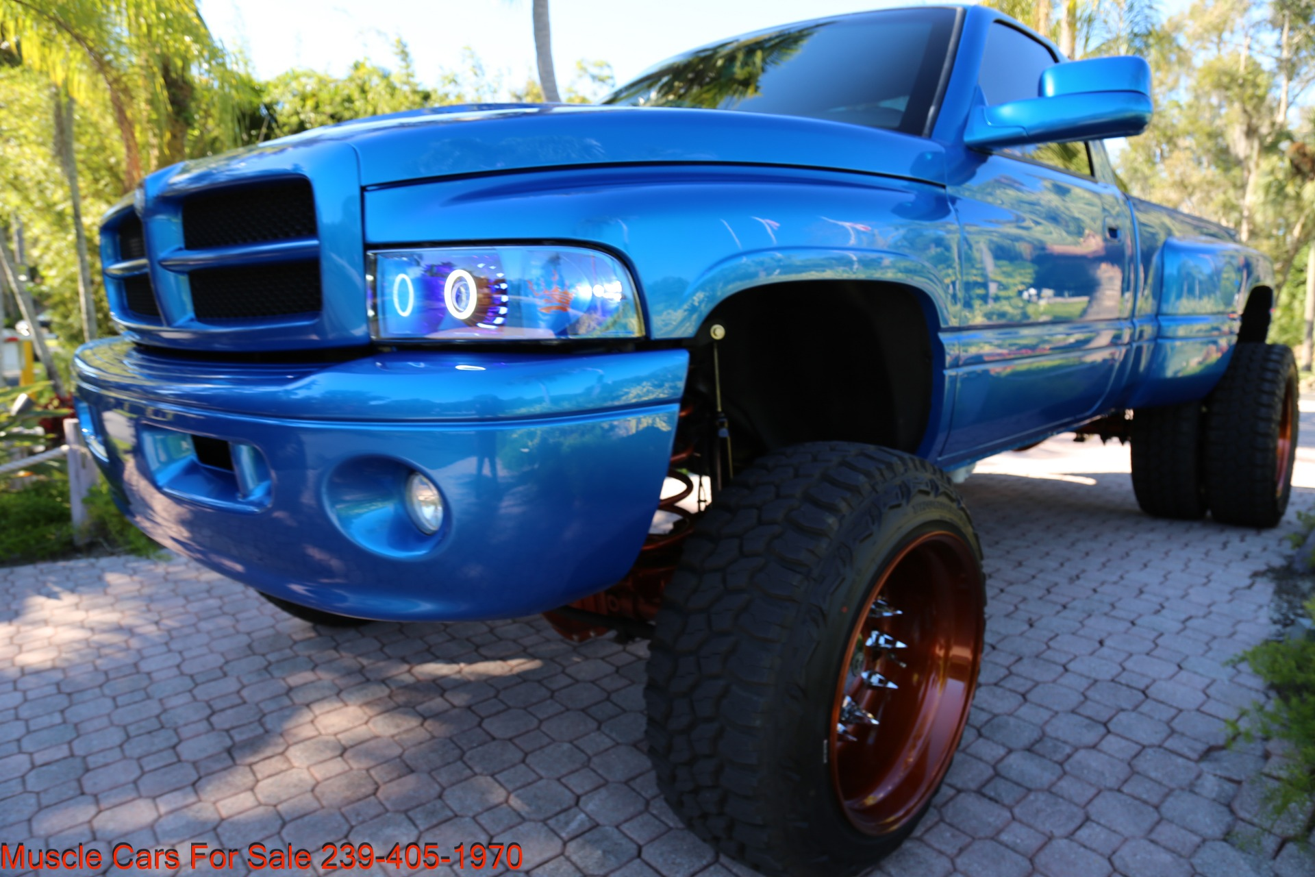 Used 2001 Dodge Ram 2500 Dually for sale $34,900 at Muscle Cars for Sale Inc. in Fort Myers FL 33912 3