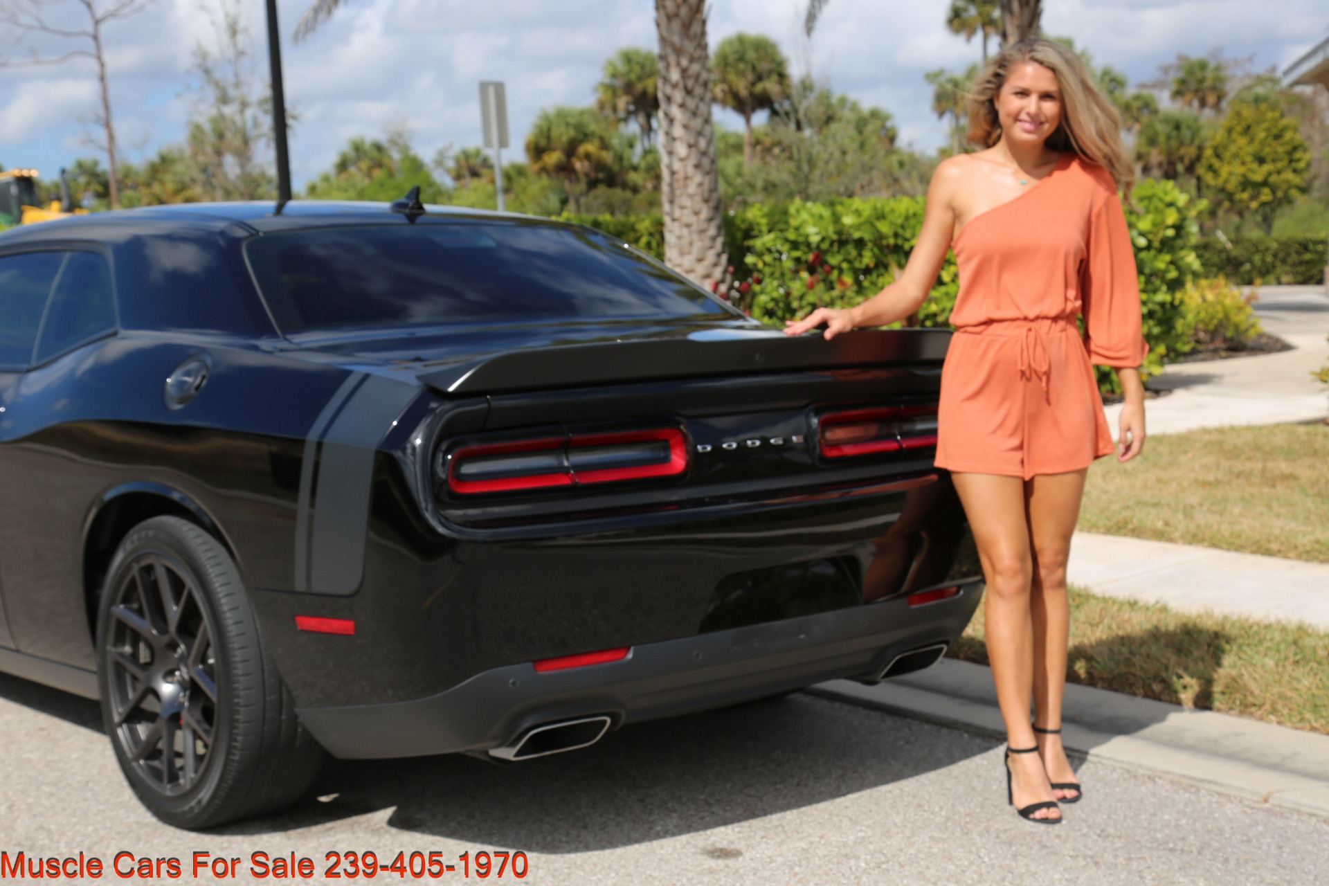Used 2017 Dodge Challenger 392 HEMI Scat Pack Shaker for sale Sold at Muscle Cars for Sale Inc. in Fort Myers FL 33912 6