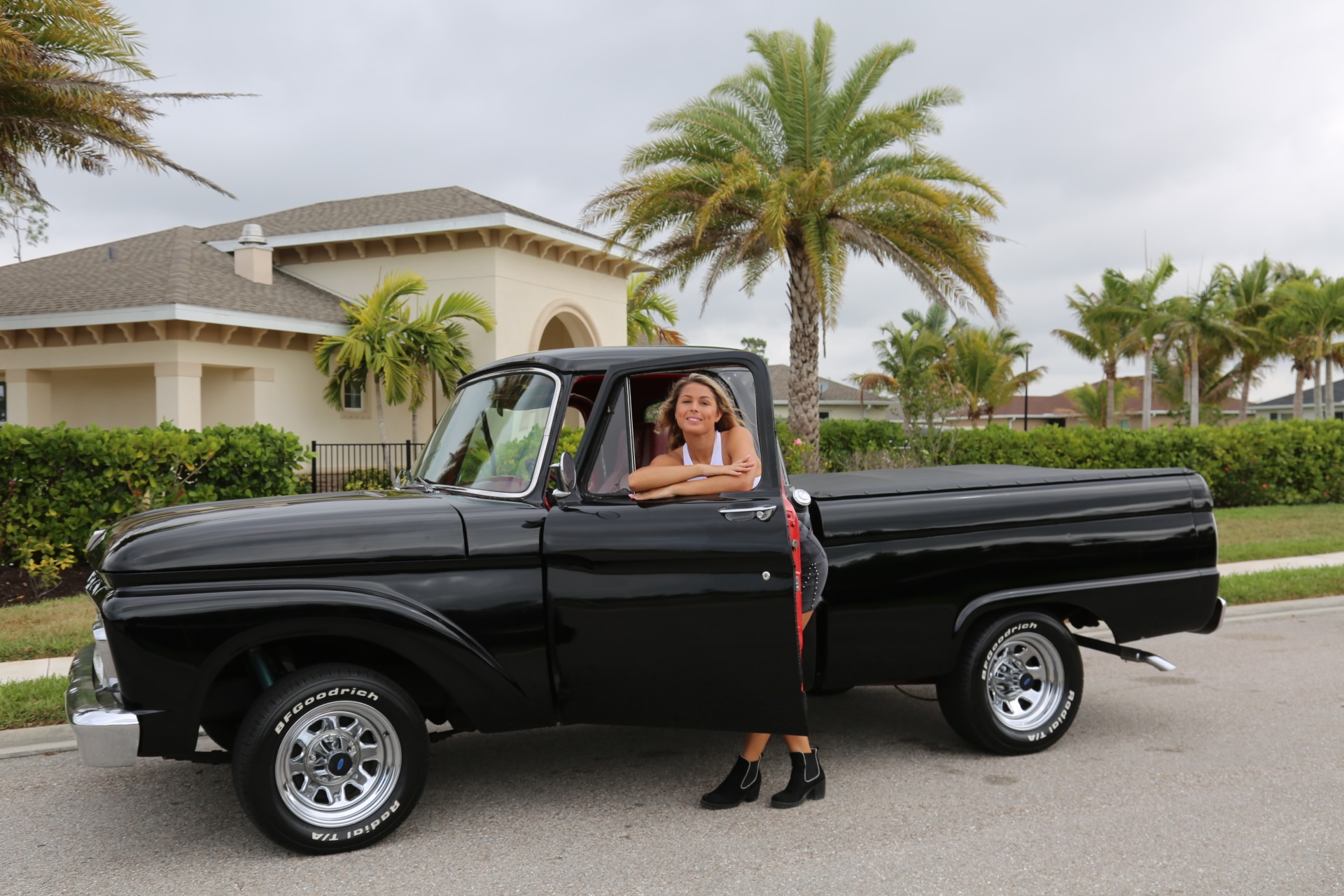 Used 1964 FORD PICKUP F100 Custom Cab for sale Sold at Muscle Cars for Sale Inc. in Fort Myers FL 33912 4