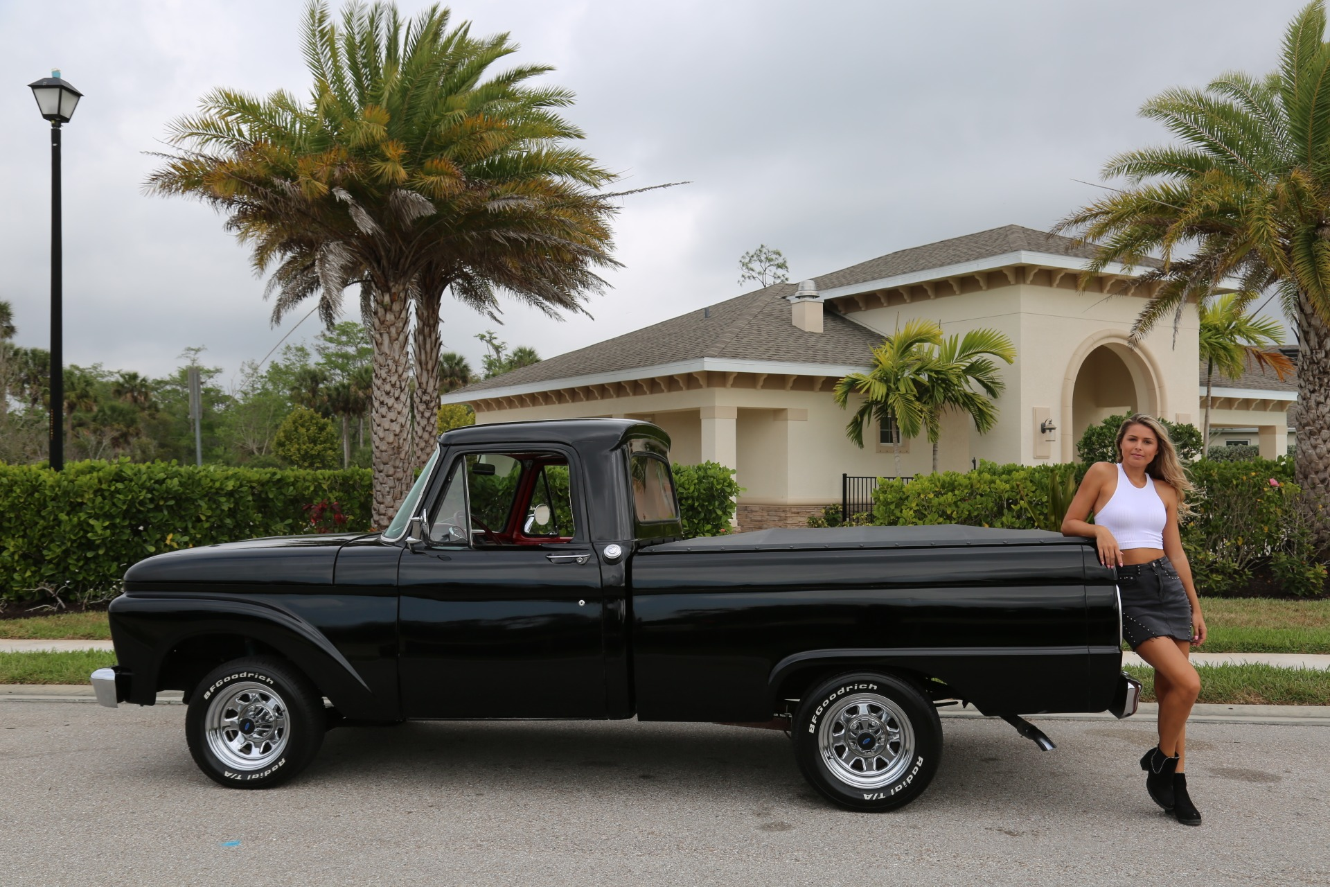 Used 1964 FORD PICKUP F100 Custom Cab for sale Sold at Muscle Cars for Sale Inc. in Fort Myers FL 33912 5