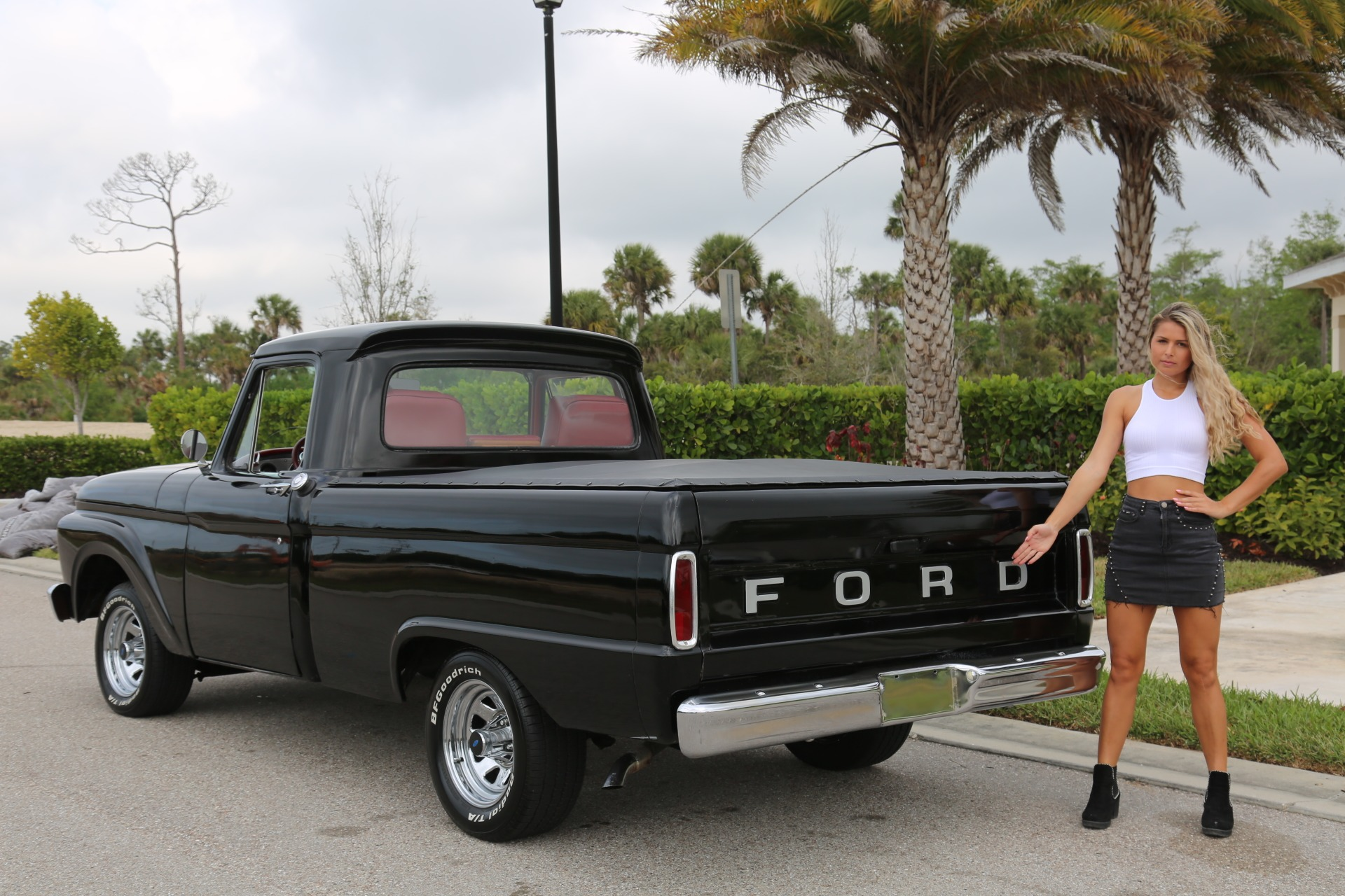 Used 1964 FORD PICKUP F100 Custom Cab for sale Sold at Muscle Cars for Sale Inc. in Fort Myers FL 33912 7