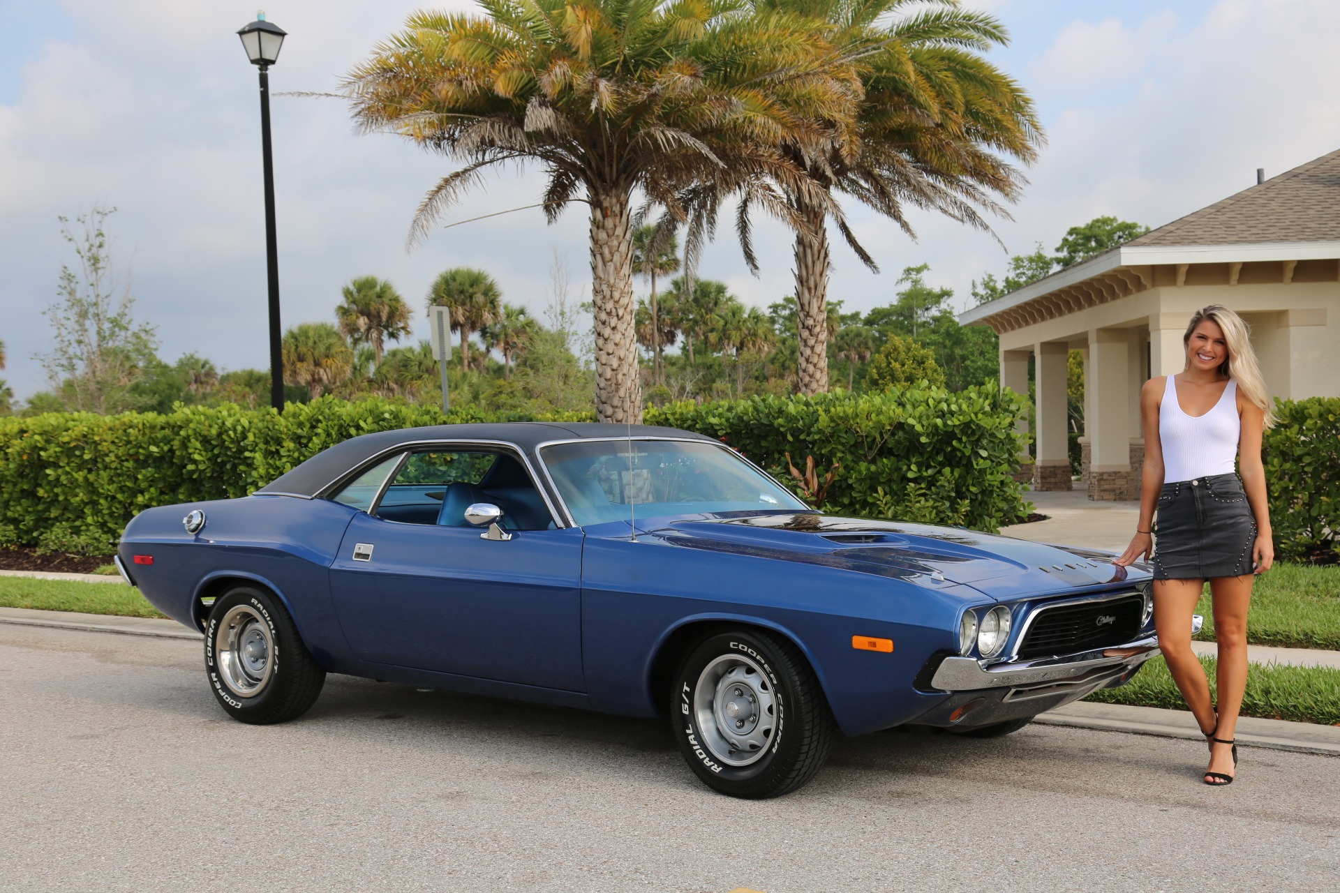 Used 1973 Dodge Challenger 360 V8 Automatic for sale Sold at Muscle Cars for Sale Inc. in Fort Myers FL 33912 3