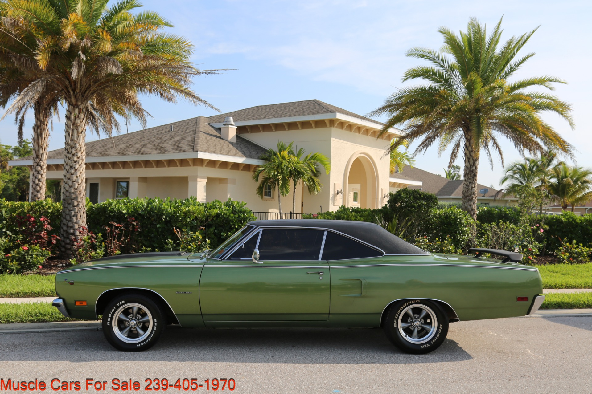 Used 1970 Plymouth Satellite Road Runner Satalite for sale $29,900 at Muscle Cars for Sale Inc. in Fort Myers FL 33912 8