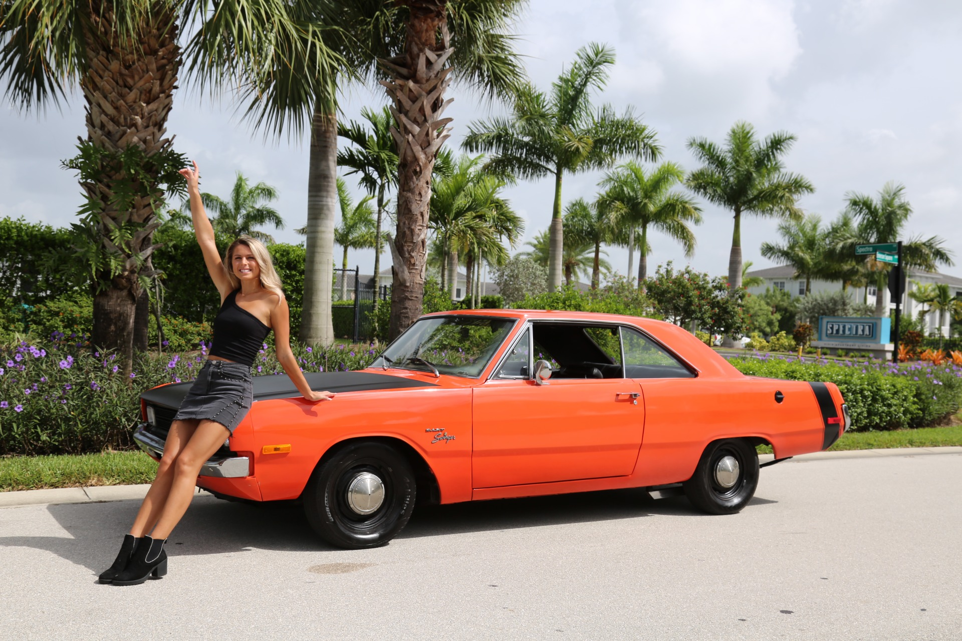 Used 1972 Dodge Dart Swinger for sale $19,900 at Muscle Cars for Sale Inc. in Fort Myers FL 33912 3